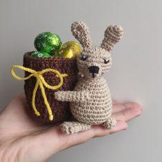 Easter Crochet, Chrochet, Easter Crafts, Panda, Barbie, Christmas Ornaments, Knitting, Holiday Decor, Cute