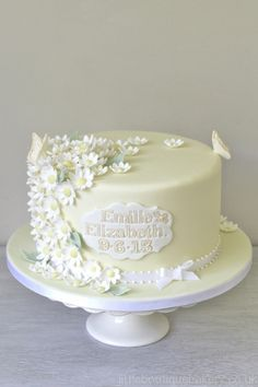 Daisy Christening Cake Christening Decorations, Wedding Cake Decorations, Wedding Cakes, Themed Birthday Cakes, Themed Cakes, Baby Girl Christening Cake, Ladybird Cake, Paw Patrol Cake Toppers, Daisy Cakes
