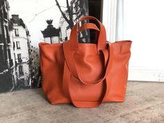 Sac-cabas-cuir-grainé-orange-brique (3) Cuir Orange, Madewell, Tote Bag, Bags, Google, Nice Purses, Italian Leather, Wallet, Brick