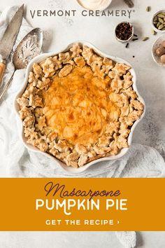 Pumpkin Recipes, Fall Recipes, Holiday Recipes, Fun Desserts, Delicious Desserts, Dessert Recipes, Thanksgiving Food Crafts, Just Pies, Fall Dishes