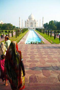 Hoy  en el blog toca #India, concretamente del #FuerteRojo de #Agra y el #TajMahal. ¿Por qué visitar ambos a la vez?  http://elviajemehizoami.com/visita-el-taj-mahal-y-el-fuerte-de-agra-en-el-mismo-dia/