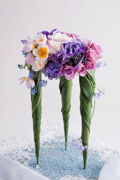 Conos con flores