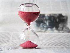 hourglass-620397__180[1]