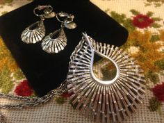 FAB CROWN TRIFARI Silver Modernist Style Necklace and by GENEVEVES