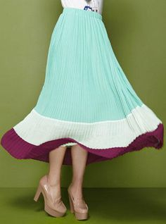 YESSTYLE: Moonbasa- Color-Block Pleated Long Skirt - Free International