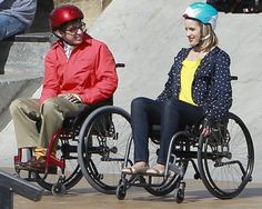 Glee Behind the Scenes | Behind the Scenes Photos of Glee: Quinn in a Wheelchair?