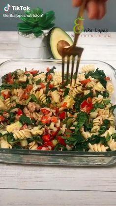 Clean Recipes, Easy Healthy Recipes, Healthy Snacks, Vegetarian Recipes, Easy Meals, Healthy Eating, Cooking Recipes, Avocado Salad Recipes, Deli Food