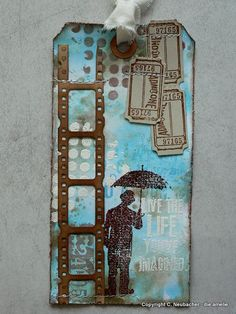 Von Pappe II: More Distress Paints and Tim Holtz