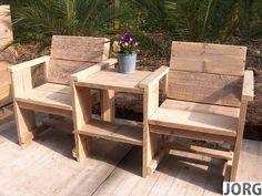 Doe-Het-Zelf bouwpakket tweezitter met tafeltje van oud of nieuw steigerhout voorraad artikel (3420141034)