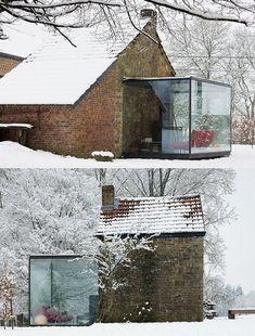 glass living room by bruno erpicum