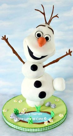My Olaf In Summer Cake Inspired By The Song In Frozen My olaf in summer cake. Inspired by the song in frozen. Bolo Frozen, Torte Frozen, Elsa Torte, Disney Frozen Cake, Frozen Theme Cake, Disney Cakes, Olaf Birthday Cake, Frozen Themed Birthday Party, Birthday Cake Girls