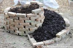 How to Easily Build an Herb Spiral - Creative Vegetable Gardener Herb Spiral, Spiral Garden, Herb Garden, Garden Plants, Garden Tools, Garden Ideas, Backyard Ideas, Garden Art, Garden Design