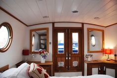 2012 Luxury Home a float.Wide beam,