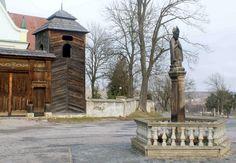 Okolice barokowego kościoła w Krynkach.