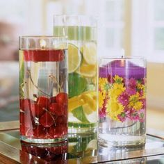 Delicados centros de mesa con velas flotantes                                                                                                                                                                                 Más