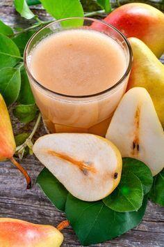 Napi 3 pohárral kell innod belőle, és igazi bélradírként működik - Pontos recept a cikkben   femina.hu Smoothie Bowl, Smoothie Recipes, Smoothies, Healthy Drinks, Healthy Recipes, Cocktail Drinks, Raw Vegan, Healthy Living, Vitamins