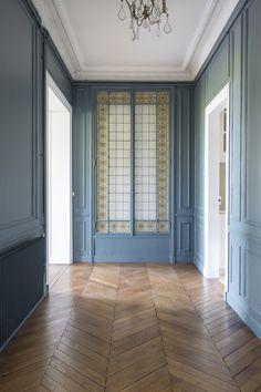 Timber Flooring, Parquet Flooring, Floors, Planchers En Chevrons, Renovation Parquet, Classic Interior, Living Room Remodel, House Plans, Sweet Home
