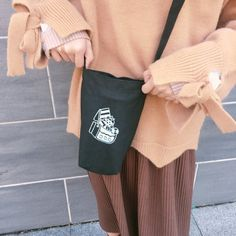 ❒Material: cotton canvas ❒ Size: Bag width x length x bottom width Lifting bandwidth / total length of the strap is about Drink Holder, Travel Mugs, Canvas Size, Cotton Canvas, Shoulder Bag, Green, Bags, Handbags, Shoulder Bags