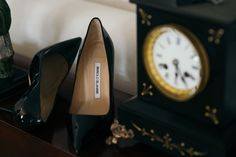 Bridal Shoes by #manoloblahnik #wedding #bridalshoes #manolos #boda #bride #elegance #weddingday #zapatosdenovia
