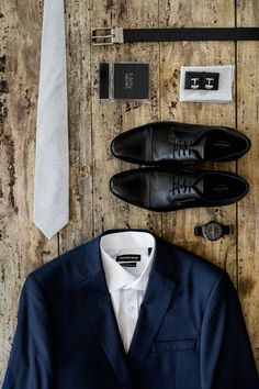 Focus on all the grooms details#groom#grooms details#grooms suit