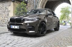 Known for tuning powerful BMWs, Manhart have now worked their magic on… Bmw Models, Inspirations Magazine, Bmw X6, Used Cars, Gears, Pumps, Vehicles, Blood, Magic