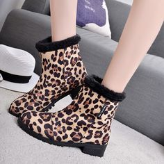 Sale 30% (28.72$) - Winter Women Boots Leopard Fur Lining Plush Keep Warm Casual Outdoor Short Boots