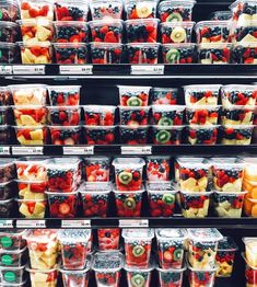 i wish i could eat this healthy tbh😂💓 Healthy Snacks, Healthy Eating, Healthy Recipes, Diet Snacks, Diet Meals, Food Goals, Slow Food, Aesthetic Food, Food Cravings