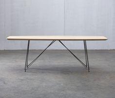 Dining tables | Tables | Linea | Artisan | Salih Teskeredžić. Check it out on Architonic
