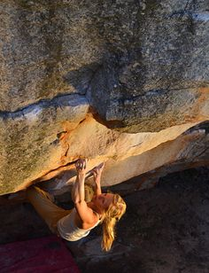 www.boulderingonline.pl Rock climbing and bouldering pictures and news Bouldering - Mina Le