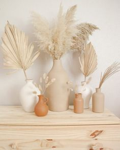 Room Ideas Bedroom, Bedroom Decor, Home Crafts, Diy Home Decor, Boho Room, Aesthetic Room Decor, Vases Decor, Decorating With Vases, Vase Decorations