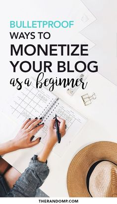 There are plenty of great ways to monetize blog but where to get started? Here are 4 proven methods to monetize your blog as a beginner! Consider affiliate marketing, online course creation, freelancing or product creation to earn consistent passive income. // The Random P --#blogmonetization #makemoneyblogging #bloggingtips #onlineincome #passiveincome