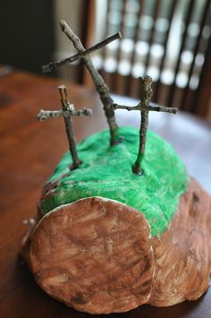 Love this tradition for the kids at Easter time.  Great visual for them, finding an empty tomb on Easter morning!