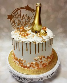 This is Bake and More's Christmas Cake for 2020.