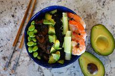 Die einfache und leckere Sushi Variante - eine Sushi-Bowl. Auf meinem Blog findet ihr das Rezept. Edamame, Avocado, Sushi Bowl, Healthy Food, Healthy Recipes, Zucchini, Vegetables, Ethnic Recipes, Blog