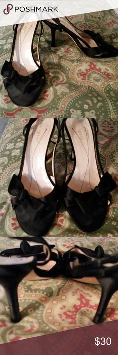 "Kate Spade New York 6 black sandals heels shoes Bottom reads, ""kate spade, NEW YORK, 6 B MADE IN ITALY."" Heels measure ""  Shoes are located in a smoke-free home. kate spade Shoes Sandals"