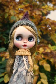 Willow custom ooak blythe doll unique art doll by par AlmondDoll