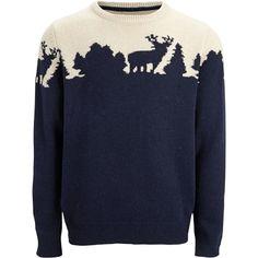 Schöner dunkelblauer Pullover von Selected. Der Pullover überzeugt mit seinem schicken Waldmotiv und dem gemütlichen Schnitt.  ♥ ab 96,90 €
