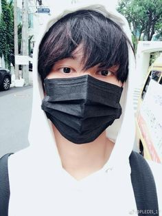 Also I love Chinese boys in mask