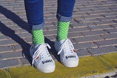 Las 6 mejores marcas de calcetines made in Spain - Sneakers&Breakfast. Dotted socks - calcetines de puntos Lemonade Attack