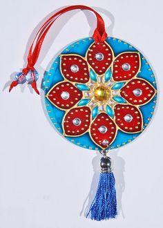 originalyexclusiva | MINI MANDALAS Recycled Cds, Recycled Crafts, Cd Crafts, Arts And Crafts, Cd Recycle, Cd Diy, Old Cds, Mandala Dots, Dot Painting