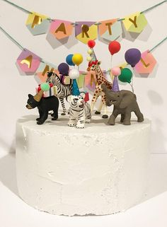 Baby Animal Party Pack- Baby bear, baby white tiger, baby elephant, baby giraffe, baby zebra Cake To Animal Themed Birthday Party, Zoo Birthday, First Birthday Cakes, First Birthday Parties, Birthday Party Themes, Birthday Table, Party Animals, Animal Party, Giraffe Cakes