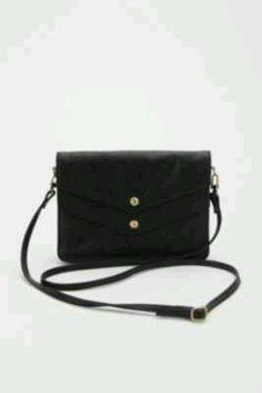 Strap purse