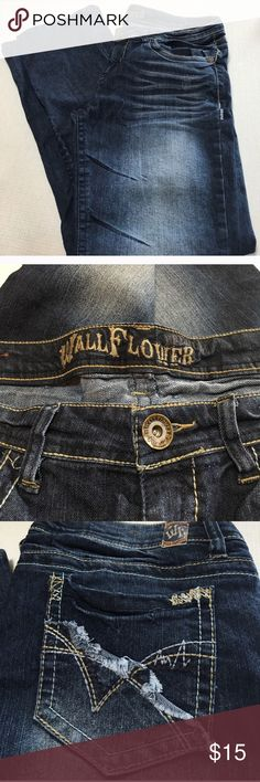 Wall Flower Jeans Size 15 Junior Wall Flower Jeans Size 15 Junior. Low waisted Wallflower Jeans