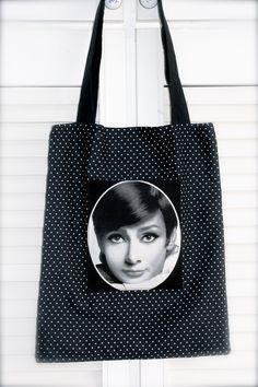 Bolsos al hombro - Tote bag, Bolso de Audrey Hepburn - hecho a mano por Zenapatch en DaWanda
