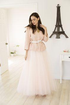 paris lookbook photoshoot, Space 46 maxi blush tulle skirt, white belt, pretty graceful ladylike outfit, wedding, bridal shower, street style, spring summer fashion