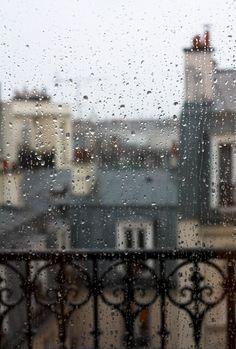 Rainy Wallpaper, Wallpaper Backgrounds, Phone Wallpapers, Rainy Paris, Rainy Window, La Reverie, Paris Rooftops, Marguerite Duras, Rain Photography