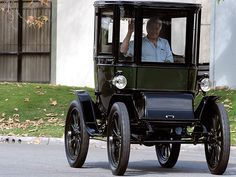 The 100-Year-Old Electric Car