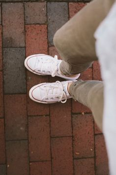 can never go wrong with a pair of white chuck's.
