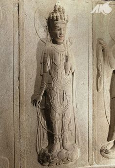[Middle Ages-Unified Silla Southern and Northern Kingdoms Period(Unified Silla)] Stone sculpture of Gwaneumbosals (Buddhist Goddess of Mercy) in Seokguram Grotto