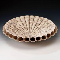 Sage Leaf Cone bowl   Made By Ellul Ceramics Superbe travail ! Les feuilles à la cuisson laissent une empreinte comme fossilisée